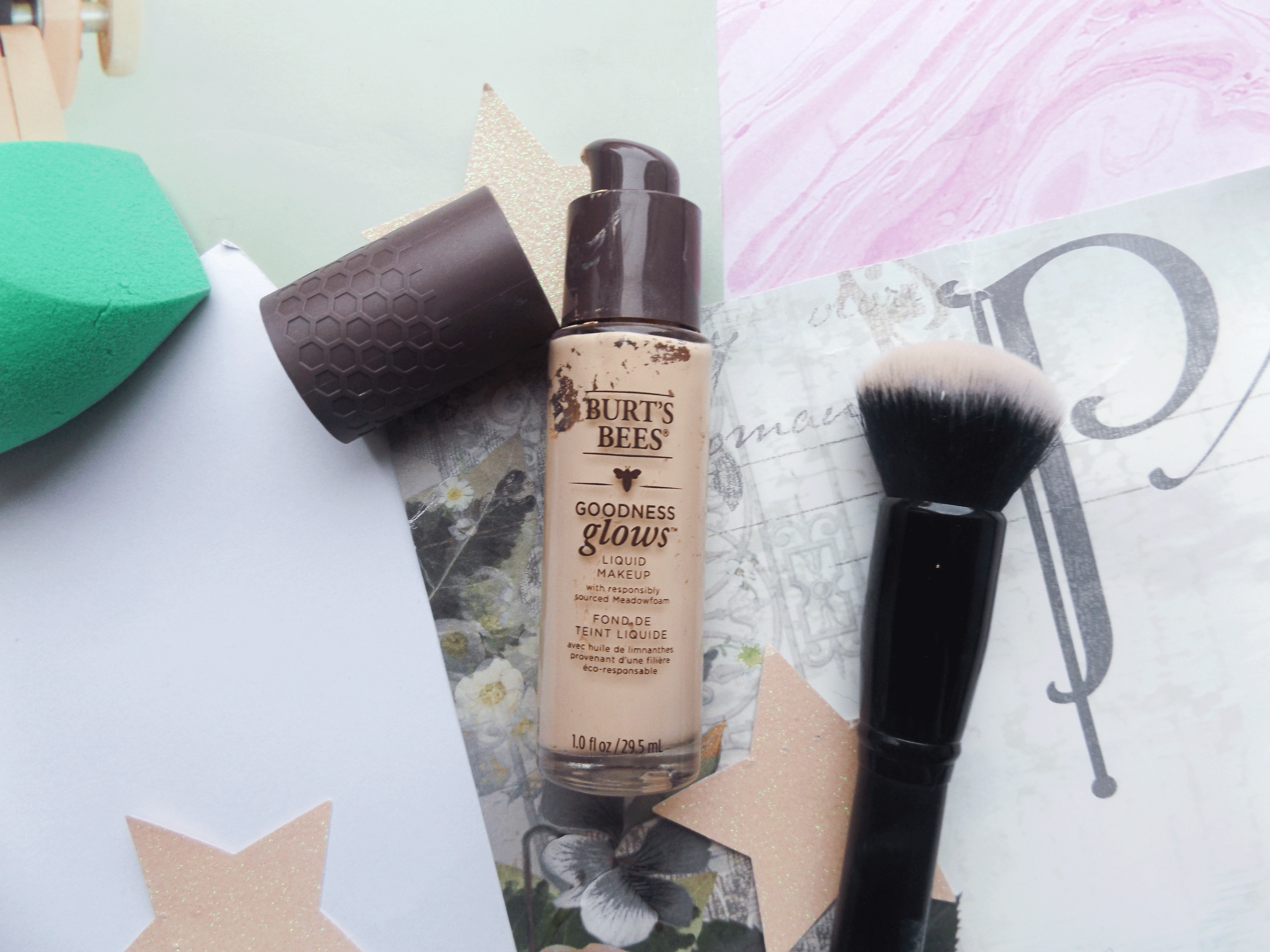 Burts Bees Foundation open and elf brush