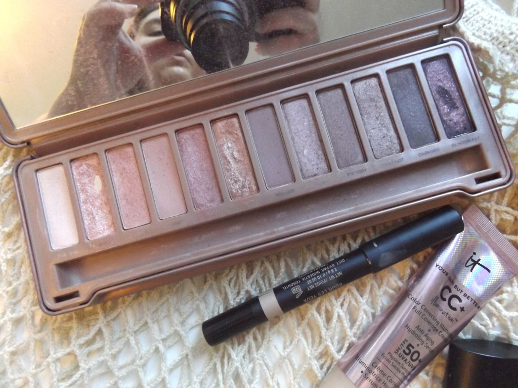 Urban Decay Naked 3, Nudestix Matte eye pencil in Putty